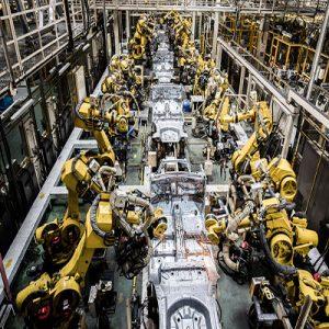 کاربرد رباتهای پیش برنامه نویسی شده در صنعت